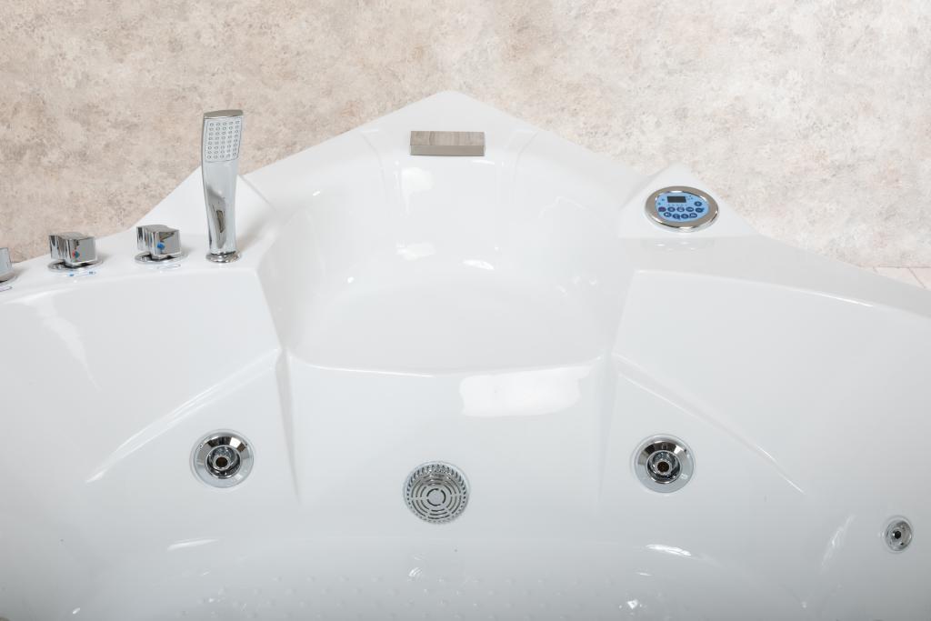 Vasche Da Bagno Easy Life Prezzi : Vasca idromassaggio easy life angolare con riscaldamento