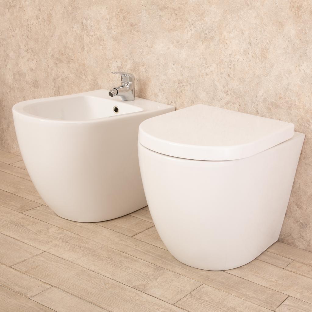 Sanitari filo parete vortix wc con seduta e bidet for Sanitari arredo bagno