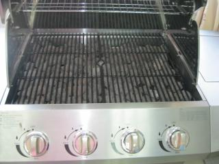 Barbecue Gas GPL-Metano Black Inox a 4 Fuochi Pietra Lavica